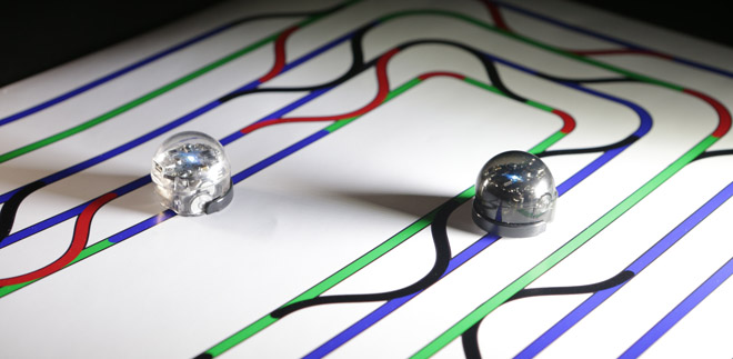 Ozobot following line patterns